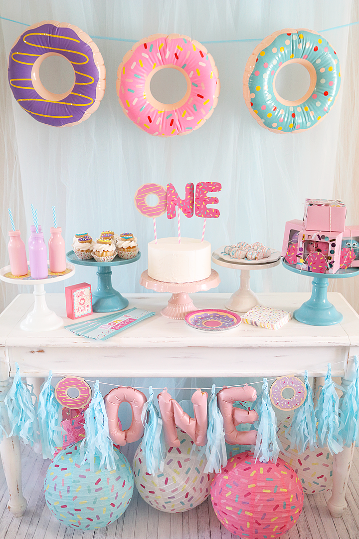 Donut Grow Up | Evie's 1st Birthday Party Inspiration