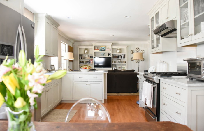 Hope's Home Tour: Open Floor Plan Kitchen/Den